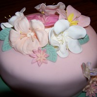 Mother's Cake My first attemp at gumpaste flowers! All free hand, no molds.