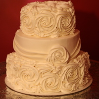 The Rose Wedding Cake