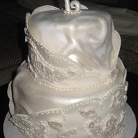 Vintage Inspired A good friend of mine allowed me to do whatever I wanted with her wedding cake! So, I tried some things I had be wanting to do. The cake&#...