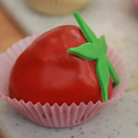 Cake Ball Strawberries