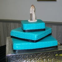 Wedding Cake The color matched the color scheme of the wedding party perfecrtly. It turned out great!