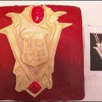 Twilight Volturi Family Crest This is the Volturi family crest from New Moon. The cake is covered in red home made buttercream icing. The crest is fondont that's...