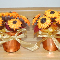 Mini-Cupcake Sunflower Bouquets My first attempt making the cupcake bouquets.
