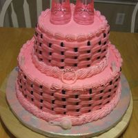 Pink & Black Basketweave This was made for a baby shower. I was told the colors were pink & black and to make it however. I am really with happy with how it...