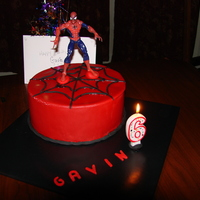 Spiderman Fondant Cake Cake Toy Spiderman, Fondant everything, used clay gun to make web. Took forever! Added tylose powder to fondant to make letters.