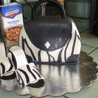 Purse And Shoes   Thanks cake central for the ideas and pattern. First time at both