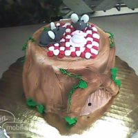 Tree Stump Picnic Everything is shaped from icing, with the exception of the ears on the mice, which are made from piped confectionary coating, let to harden...