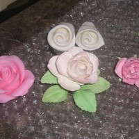 Gumpaste Roses Trying my hand at gumpaste roses. Watched Edna teach how to make them on YouTube. Thanks Edna.