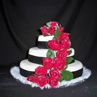 Black And Red Wedding   Real roses decorated w. silver dust in vodka