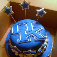 University Of Kentucky Fan B-Day Cake. fondant and gumpaste decorations. uk is modeling chocolate.
