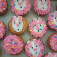 Easter Bunny Cupcakes   Made these for my kids... they loved them...