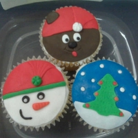 Holiday Cupcakes Took at class at Flour Confections (Pickering Ontario). These were my little creations!