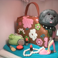 Maltipoo rct head covered in fondant
