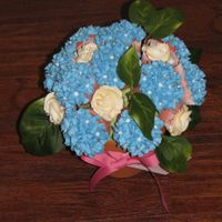 Hydrangea And Rose Cupcake Bouquet