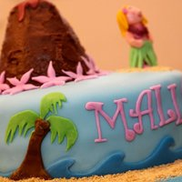 Hawaiian Girl This was a hawaiian themed cake. The two requests were a hawaiian girl and a volcano. So this is what I came up with. Everything is...