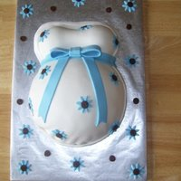 Baby Bump Marshmallow fondant with mmf accents