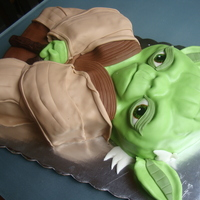Yoda 3D scarbed cake with fondant