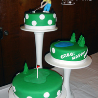 One Tough Golf Hole! Our neighbor's 50th birthday was this past Friday. Saturday night was his party, and his wife asked me to do a cake for it. So we did...