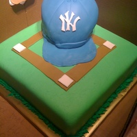 Baseball Cake   I was not happy with the hat