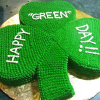 "Happy ""green"" Day! I used a 10"" heart pan to do the leaves and a loaf pan carved into the stem. I startipped the whole thing. This cake was huge but it..."