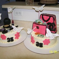 Pretty In Pink all edible except for the butterflies