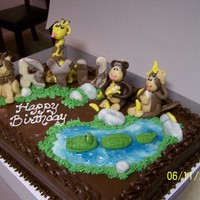Jungle Friends Birthday this is a marble cake with all edible MC toppers