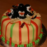 Madagascar Penguins Stole the idea from SNOWBALLWINTERS, another CC user. Cream cheese pound cake with raspberry filling, cream cheese icing and MMF.Penguins...