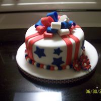 4Th Of July   I made this for my final Witon Gumpaste and Fondant class. Got the idea from pish.