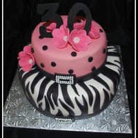 30Th Birthday - Zebra / Pink Got the idea from a cake posted by Loali. Thank YOU :)
