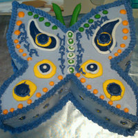 Child's Butterflycake Cake decorated with royal icing pieces to make the butterfly.