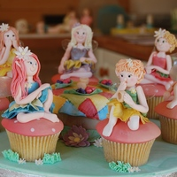 Fairy Cupcake Characters I entered the Squires Competition in the UK and won GOLD 2nd Place with these Fairy Cupcakes. My first competition - I was over the moon!...