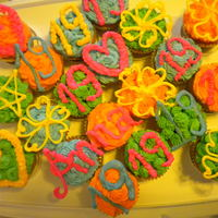 Neon Cupcakes Here, is my cupcake cake I made for my 19th birthday party.We had 19 guests, 19 cupcakes, 19 candles. and I love neon colors. its so...