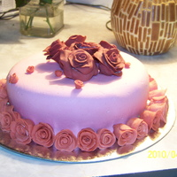 Roses NOT my best cake, but I wanted to try the roses. Made roses with MMF. Hard work, but worth it...