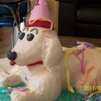 Party Dog Lady wanted a beige labrador for her little girl who turned 1. I loved doing this one. Vanilla cake. Head and paws are ricecrispie treats,...