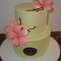 "Flower And Vine buttercream and gumpaste flower with monogram ""A"""