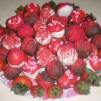 Valentine Cake Balls These are just vanilla and red velvet cake balls!!