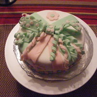 Present Cakes Pink & Green