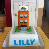 Hotel Lilly  I had a sort of odd request. The client wanted a cake with a hotel theme for her daughter's 12th birthday. I made a small hotel (made...