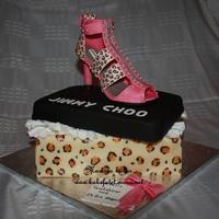 Jimmy Choo Cake Chocolate cake with vanilla cream, cover in marzipan The shoe is made of marzipan Many thanks to TheCakeEngineer for the inspiration and...