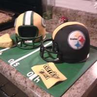 Superbowl Xlv Green Bay vs PittsburgWhite cake with fondant
