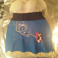 Nifty 50's Poodle Skirt Cake