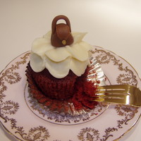Marzipan Purse On Cupcake