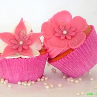 Pink And Pearly Cupcakes