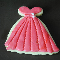 Dress Dress covered in rolled buttercream.
