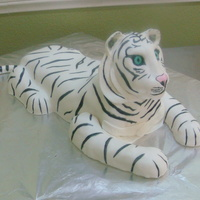 White Tigger Cake i do my own birthday cake in my class......!