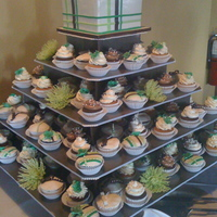 Wedding Cupcakes my first wedding!!! 177 cupcakes, 5 different designs, 3 different cake flavors, 2 buttercream flavors, plus the top cutting cake and a...
