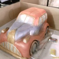 Vintage Ford 1972 My first airbrush cake, all cake.I made this for a friend of mine..her hubby luvs antique cars.