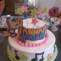 Hannah Montana buttercream with fondant accents