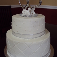 Round Small Wedding Cake