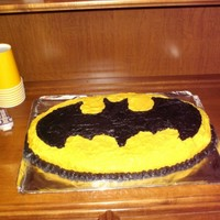 Batman Cake This cake turned out much better then I ever thought I could do. This is the 2nd cake I ever decorated.